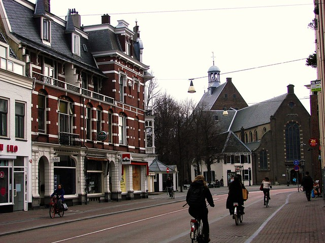 Weekly Photo Challenge: Street (and Bicycle) Life in Utrecht (1/4)