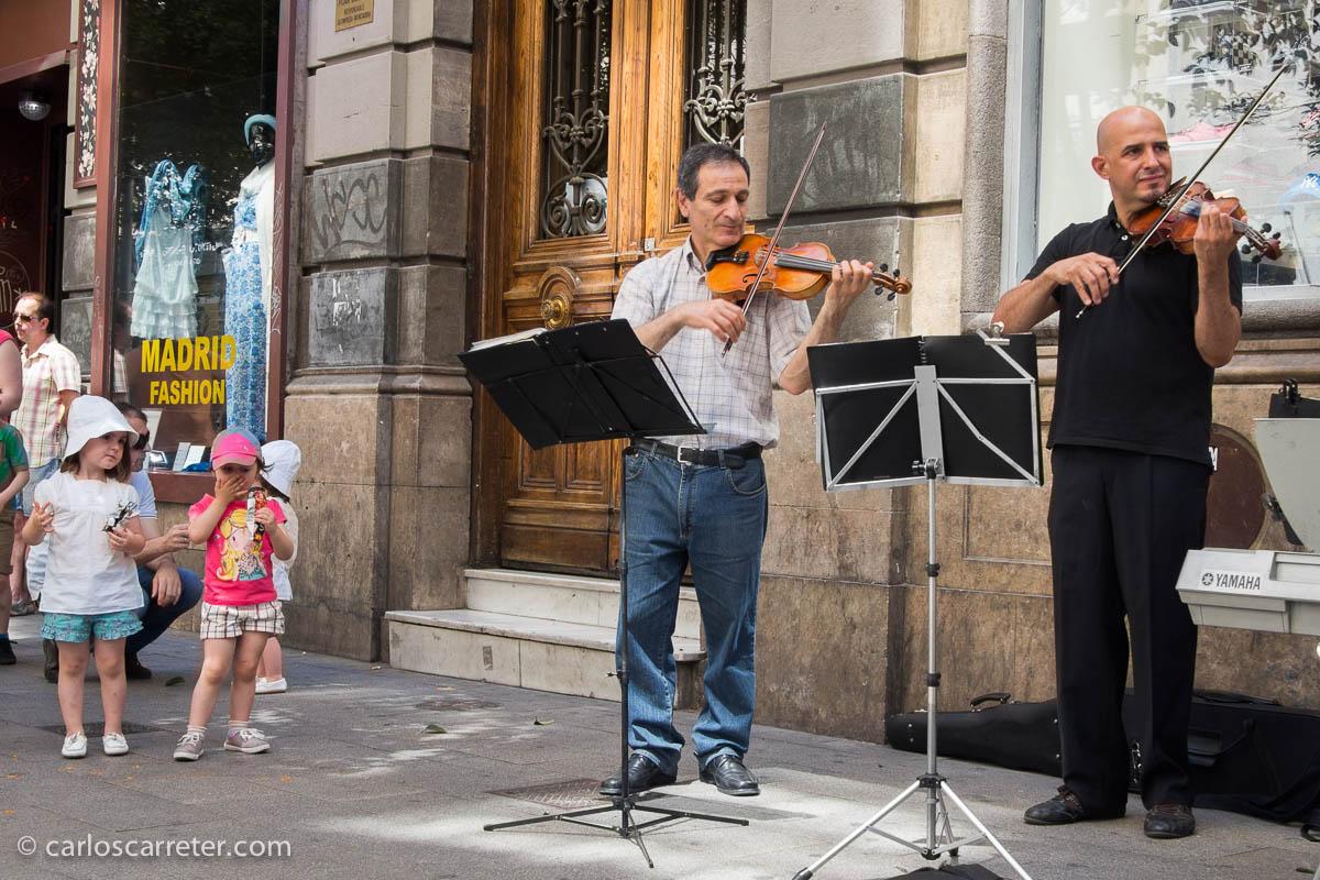 Músicos en la calle Fuencarral