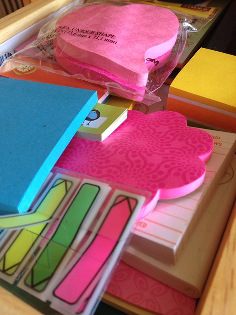Sticky notes come to live at my house.
