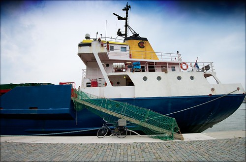 Rotterdam Harbour by Davidap2009