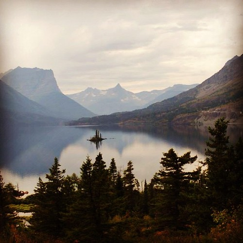 #glaciernationalpark was amazing and I cannot wait to go again! #familyvacation