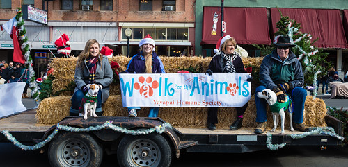 christmas_parade_20131207_173 by dagnyg