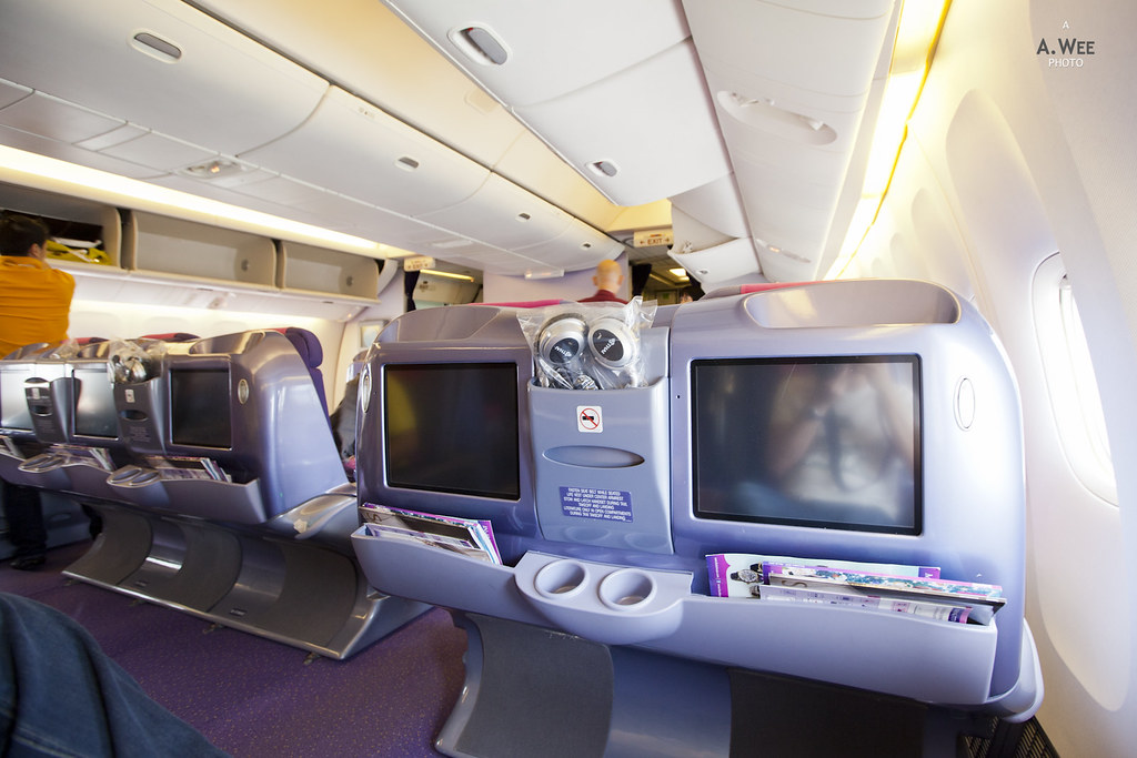 Business Class onboard the 777-300