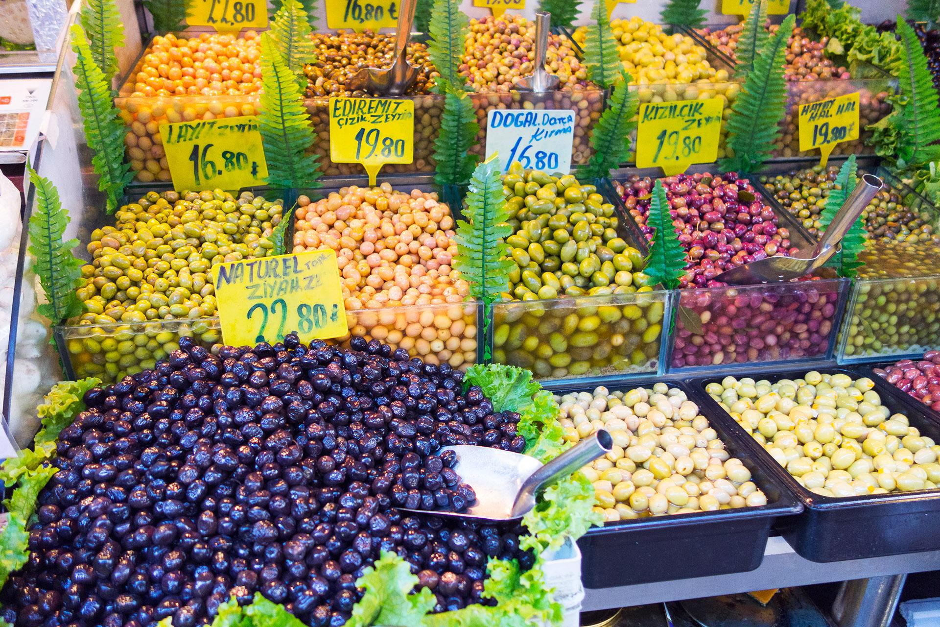 Food vendor, Kadikoy Market.