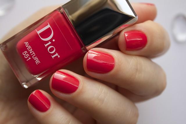 10 Dior 551 Aventure swatches