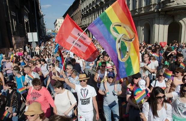 UE debe garantizar la unión civil a parejas gay: tribunal europeo