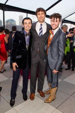 Orkut Buyukkokten, Zachary Bogue, Derek Holbrook