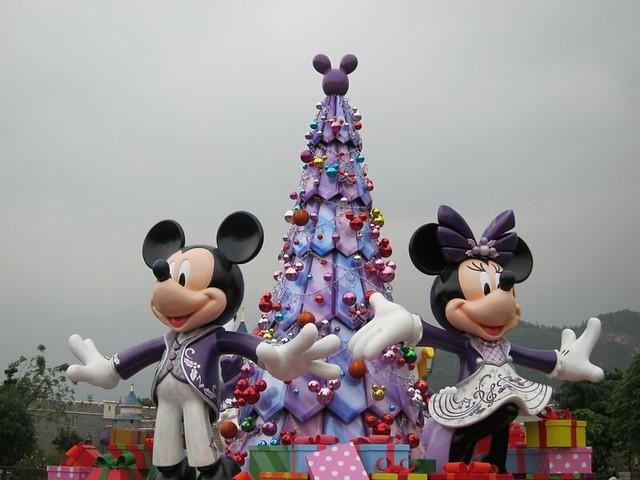 Disneyland-HK-11-2013