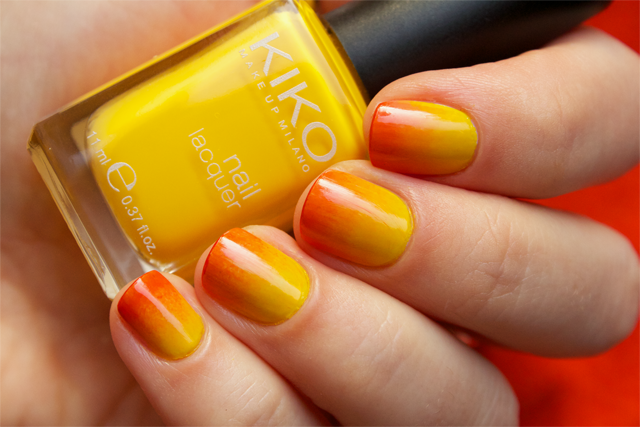 02 gradient nails kiko 279 yellow + rimmel instyle coral + colorama 155