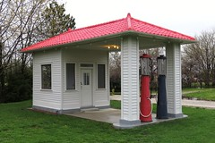 Route 66 Standard Station