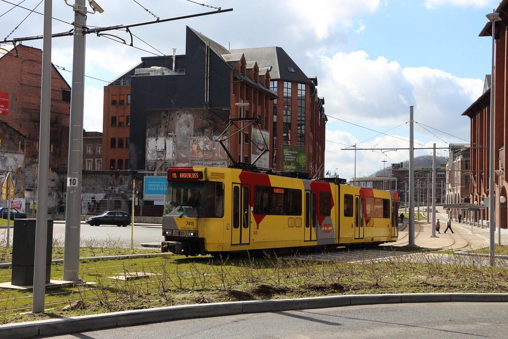 BN 7418 à Charleroi