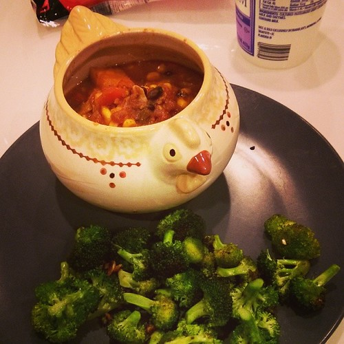 Not usually one to photograph my food, but dinner tonight was kind of the bomb. Turkey chili and broccoli, what?!