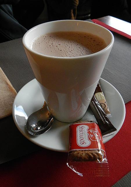 Hot Chocolate & Speculoos Cookies in Brugge, Belgium