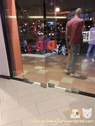 """Ăn """"Quẩy"""" ở Dunkin' Donuts"""