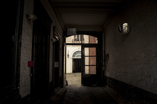 The Private Entrance (Lille, France) - Photo : Gilderic