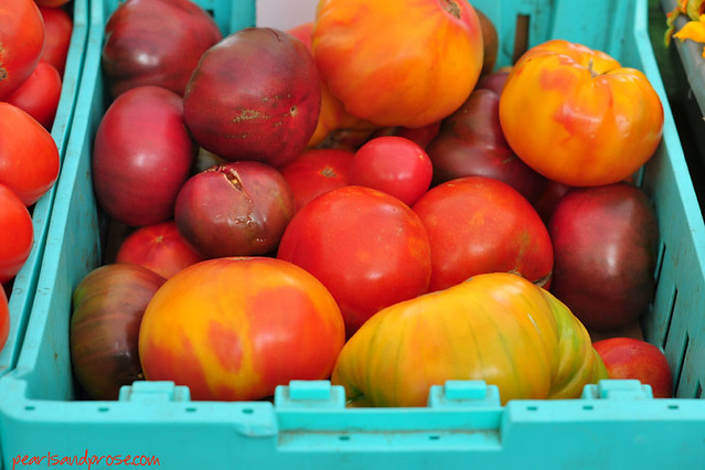 red_heirloom_tomatoes_web