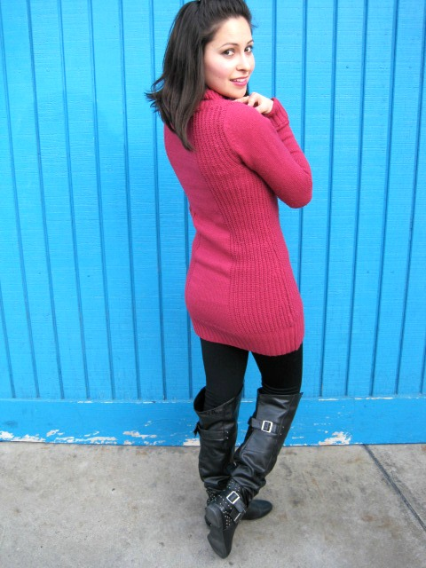 Sweater and knee high boots 4