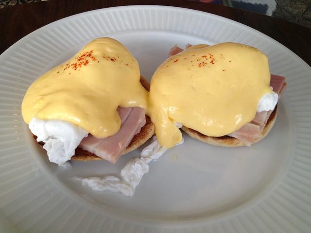 Eggs benedict - Cote