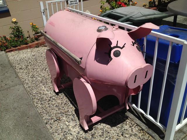 Los Gatos Meats pink pig bbq grill