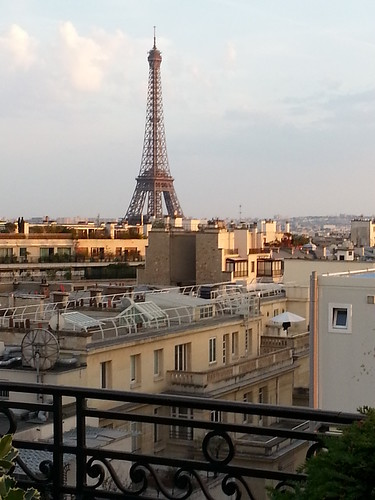 HotelRaphael_EiffelView2