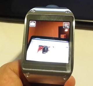 User Interface กล้องของ Samsung Galaxy Gear