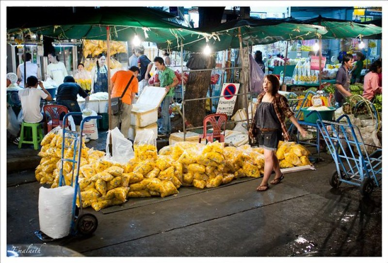 Bangkok o c mo entrar en asia a lo bestia reportera n mada for Comida peces estanque barata