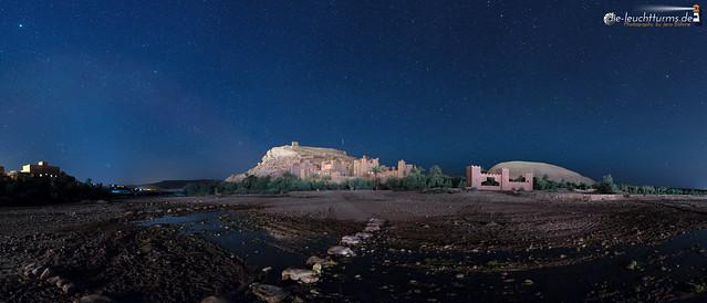 Shooting stars above Aït-Benhaddou
