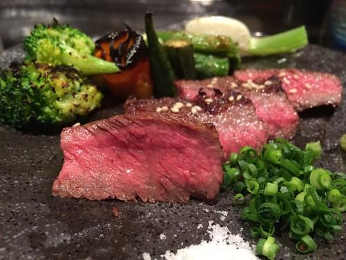焼き物:米沢牛炙りステーキ 野菜添え@やさいと、