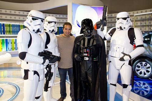 Nacho con Darth Vader y los soldados imperiales