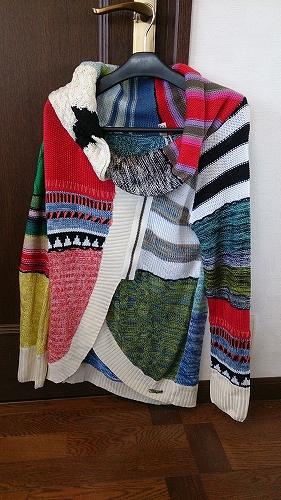 デシグアルのセーター