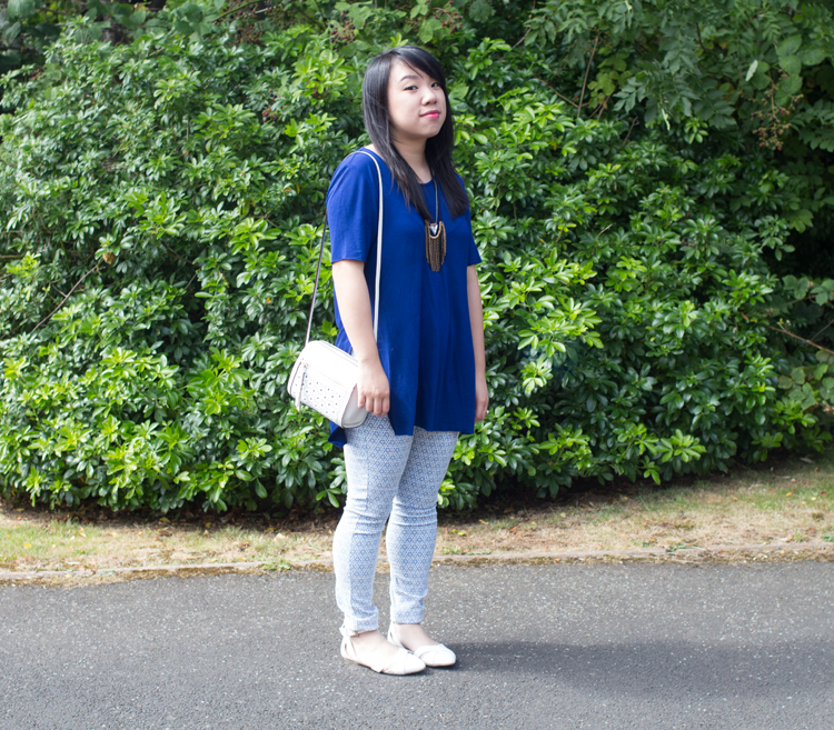 Blue monki tee and tile jeans
