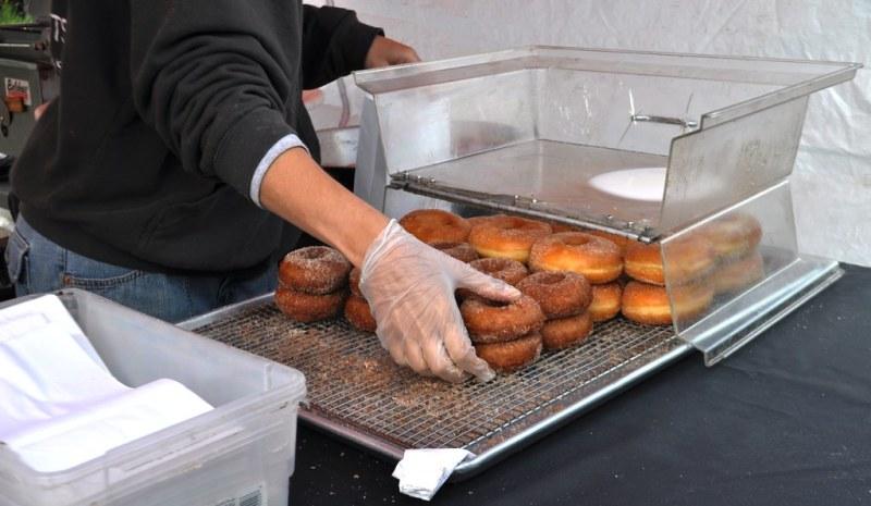Duke's Donuts, Gentner Commission Market, Springville, N.Y., Aug. 13, 2014