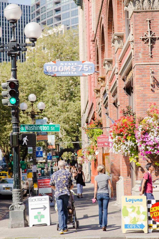 1st Ave S & S Washington St