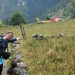 137-Llegada al helicoptero