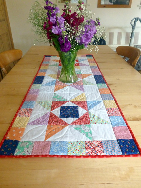 Economy Stars Table Runner