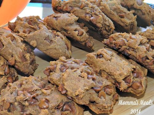 Pumpkin Cinnamon Chip Cookies