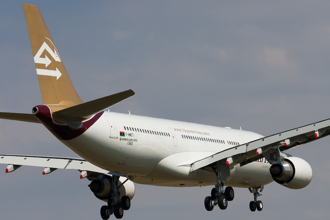 Libyan Airlines Airbus A330-202 cn 1543 F-WWCT // 5A-LAU