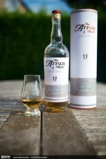 The Arran 17 Years Old ... de fles, de koker, en een proevertje :-)