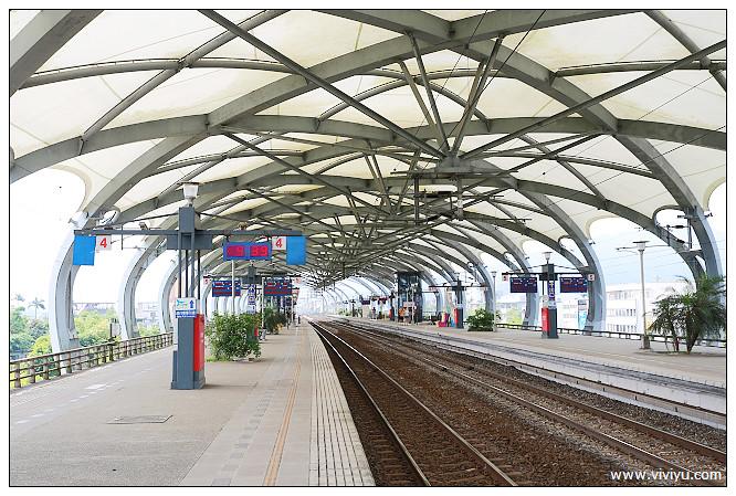 [宜蘭.旅遊]宜蘭唯一高架.最美麗的冬山火車站~充滿設計感 @VIVIYU小世界