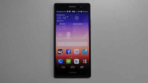 Huawei Ascend P7 ด้านหน้า