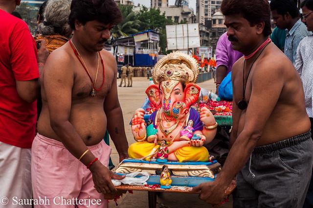 GanapatiVisarjan_Mumbai_001