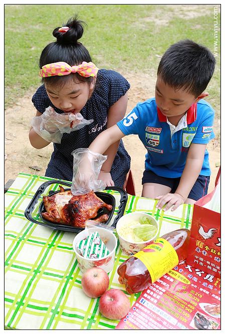 [桃園.美食]帶著孩子野餐去~大公雞350元烤雞套餐優惠至6月底帶著孩子野餐去~大公雞350元烤雞套餐優惠至6月底 @VIVIYU小世界