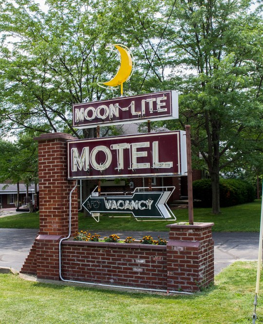 Moon-Lite Motel - Versailles, Indiana U.S.A. - June 23, 2014