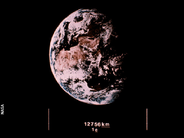 Voyager_golden_record_12_earth