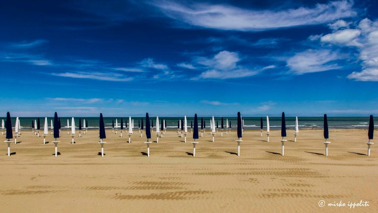 The beach in Giulianova © Mirco Ippoliti on <a href=https://www.flickr.com/photos/26408394@N06/> Flickr </a>
