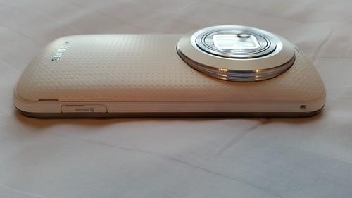 Samsung Galaxy K Zoom ด้านซ้าย