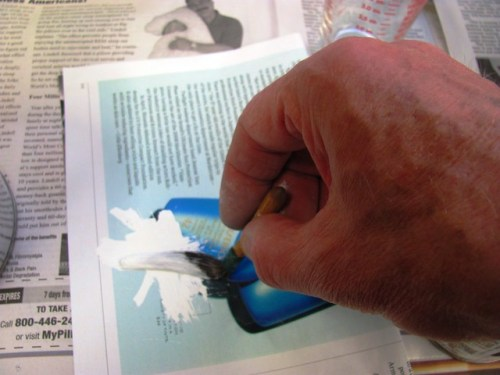 Paletting Pinstripe Paint on Glossy Magazine Page
