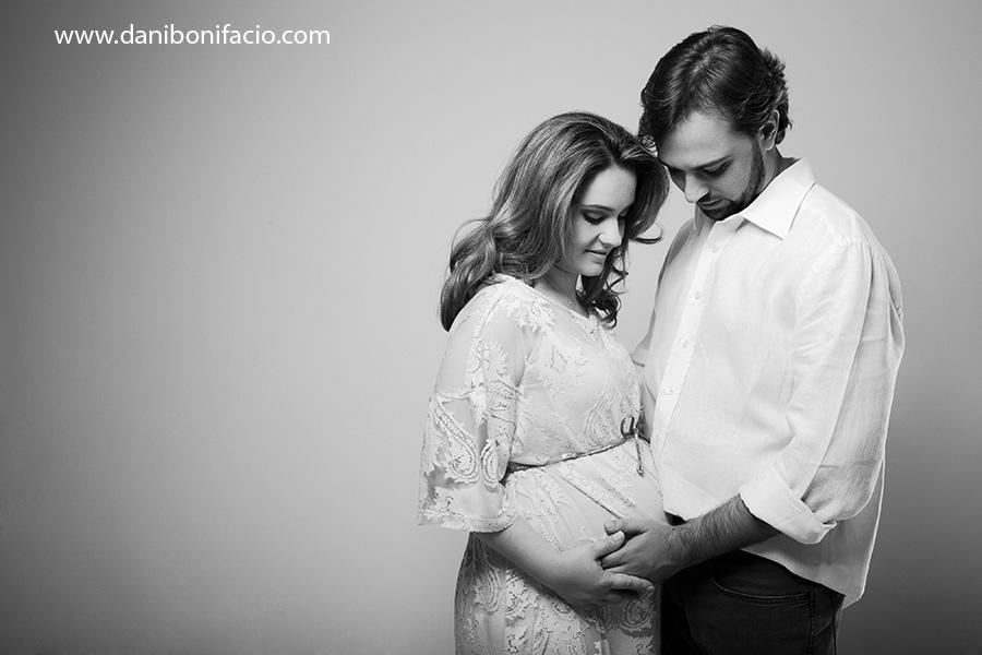 danibonifacio-book-ensaio-fotografia-familia-acompanhamento-bebe-estudio-externo-newborn-gestante-gravida-infantil-fotografo10