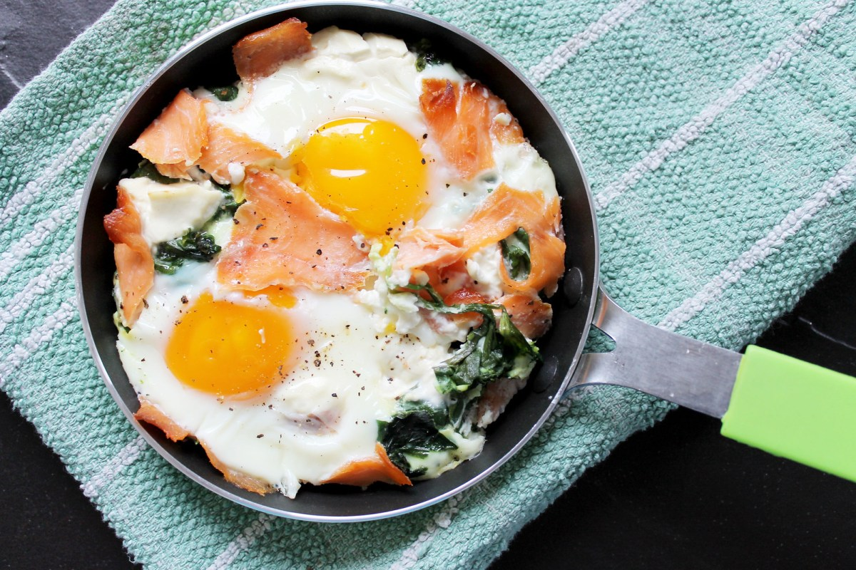 eggs with spinach and salmon