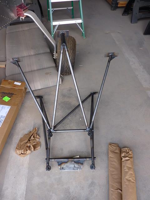 Engine mounting frame